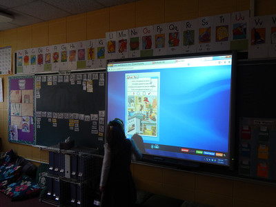 Kindergarten - Smart Board Game and Reading Time